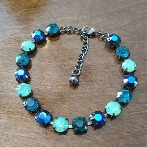 Jewelry - Handset rhinestone bracelet